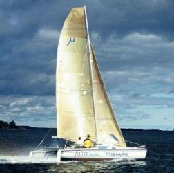 Luxus trimaran  Mehrrumpfboot-Info Vergleich Multi gegen Mono